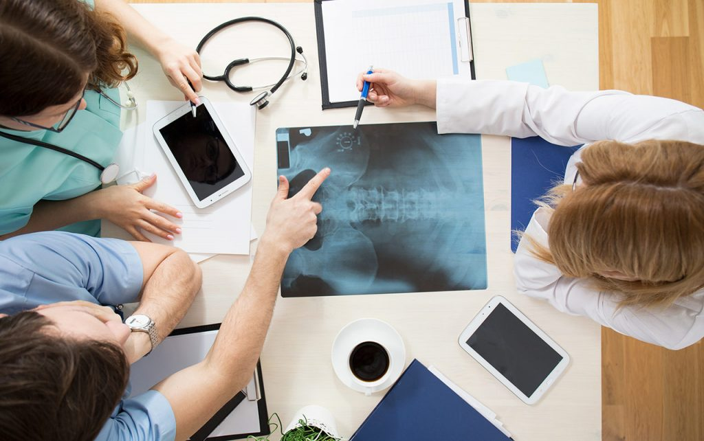 Osteopatia to medycyna niekonwencjonalna ,które ekspresowo się ewoluuje i wspiera z kłopotami ze zdrowiem w odziałe w Krakowie.